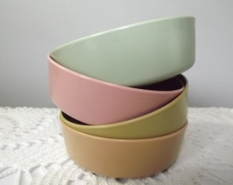 4 Vintage Pastel Tupperware Berry/ Snack Bowls for Kids or Portion Control Diets, Country Kitchen Tupperware