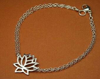 Lotus charm bracelet, silver lotus bracelet, lotus charm, silver lotus, flower bracelet, flower jewelry, zen, yoga jewelry