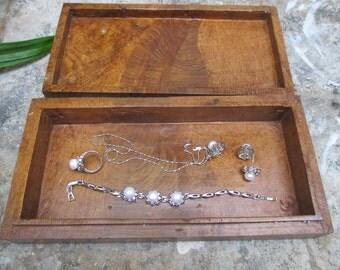 Wooden Jewelery Box KUWB02