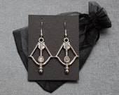 Crossbow earrings – bow and arrow – archery themed earrings – cosplay prop / accessory