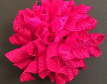 Dark pink korker bow