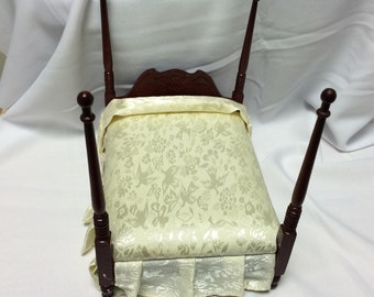 """Dollhouse Miniature 1"""" Scale 4 Poster Bed (JS)"""