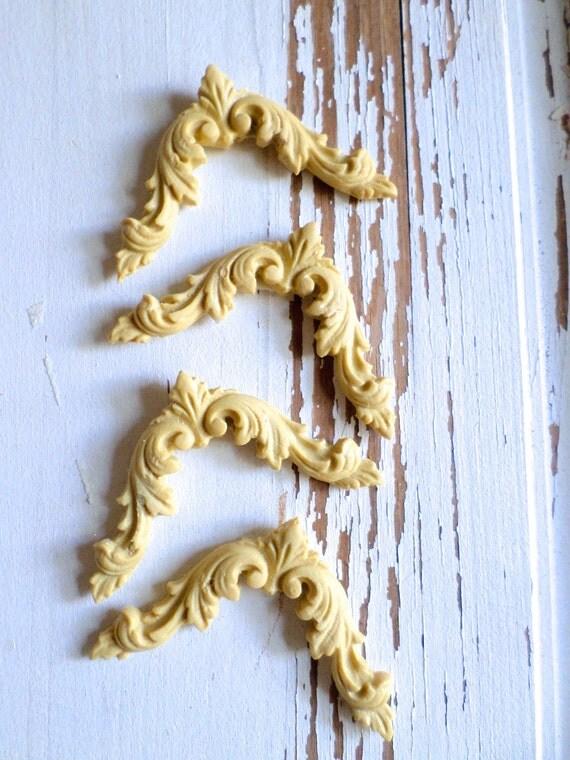 Esquinas (4) muebles apliques  madera y resina  adornos y apliques
