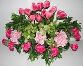 Deluxe Mothers Day Cemetery Grave Flowers Pink Tulips Geraniums Hops Grave Silk Arrangements