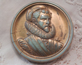Sir Walter Raleigh Type Gentleman - Molded Green Glass Button with Gold Paint