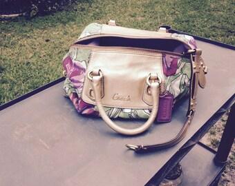 vintage coach floral hand bag