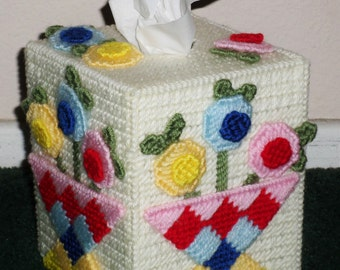 Plastic Canvas Tissue Box Cover - Pretty Flowered Tissue Box Cover Made From Plastic Canvas And Yarn - House Warming Gift Ideas