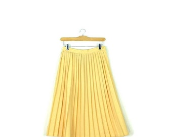 Vintage Pale/Pastel Yellow  Pleated Long Skirt from 1980's/W25*