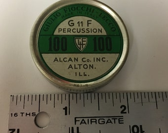 Vintage Giulia Fiocchi Lecco Percussion Tin G 11 F Wonderful Condition 61 Caps inside/Lower Price