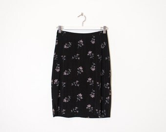 on sale - black floral knee length skirt / high waist stretchy pencil skirt / size M