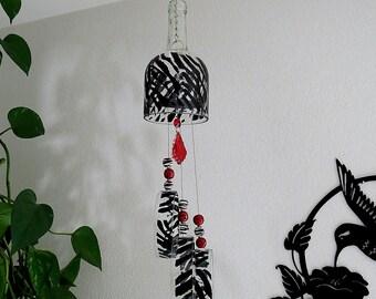 Large wine bottle wind chime, Zebra stripes, Yard art, Patio decor, Recycled wine bottle, Black, Red, circle glass, zebra