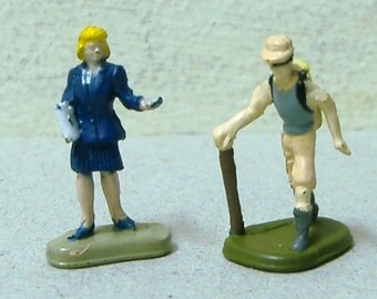 1995 1996 Micro Machine Mini HO train People hiker business woman tiny play set figures 1/87 gauge