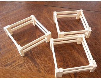 12 Pieces of Play Fencing for animals and farms (Matches the Wooden Toy Barn & Wooden Toy Stable we offer)