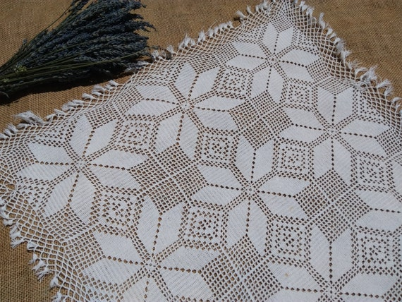 Vintage White Net Cotton Doily Fringed or Curtain French Filet Hand Crocheted Valance Sewing Project #sophieladydeparis