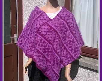 Ladies cape, Poncho from Shetland Wool