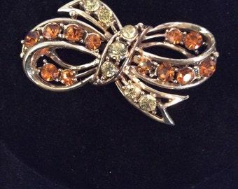 Ribbon brooch 2 in