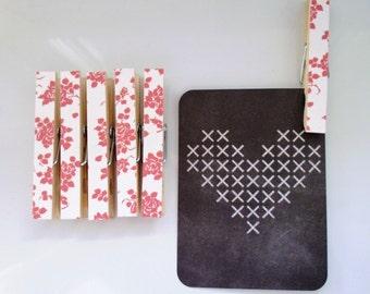 Peg Magnets Magnetic Peg Set Decorative Clothespins Fridge Magnet Set - Red Roses on White
