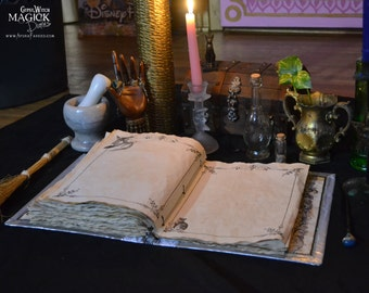 """25 Pages of """"Witching Moon"""" Book of Shadows Parchment / Binder Refill Pages / Vintage Witchcraft  Spellbook Illustrations / Paper Stationary"""