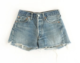 vintage soft levi's high waisted jean shorts XS S