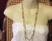 Vintage faceted acrylic faux pearl on chain beaded necklace.
