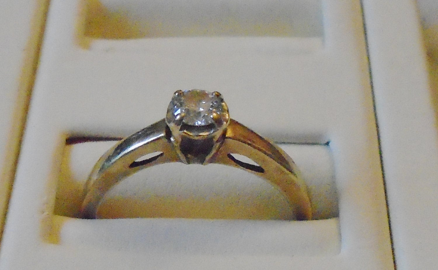 Beautiful Estate Find 10kt Solid Yellow Gold Amp 1 4kt Diamond