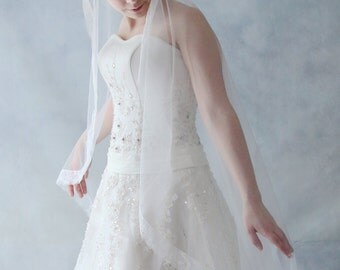 Fingertip Length Soft Lace Cathedral Mantilla Bridal Wedding Veil