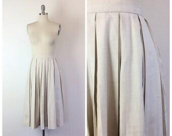 50s Off White Linen High Waisted Skirt / 1950s Vintage  Pleated Knee Length Skirt / Medium / Size 6