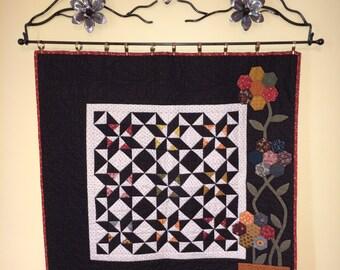 """32"""" Flower Wall Quilt Rack"""