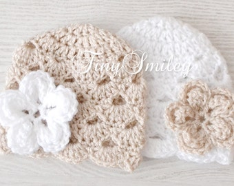Twin Baby Hats, Beige and White Flower Twin Hats, Twin Baby Girl Hats, Twin Girl Hats, Newborn Twin Hats, Hats for Twin, Newborn Outfit
