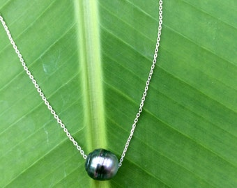 Tahitian pearl on sterling silver chain, woman necklace