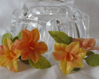 "Colorful & LARGE Plastic Peach and Yellow Floral Shoe Clips, Marked ""Kaplan Textiles"", Vintage!"