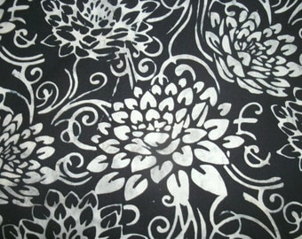 Beautiful Black and White- Floral Cotton Pillow Covers- Sofa Pillow Covers- Home Decor- Throw pillow covers- Decorative Pillow Cover-