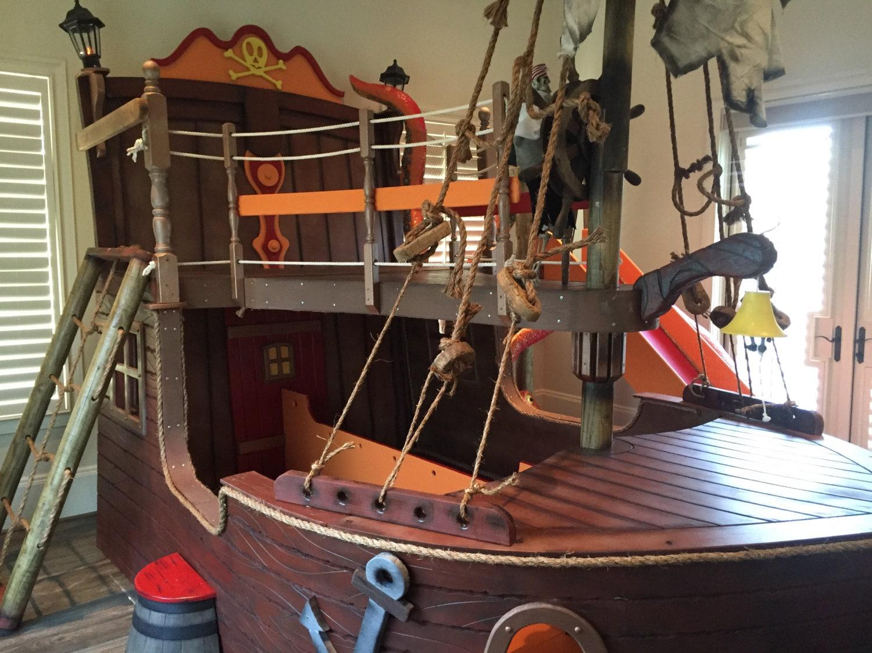 Kraken Pirate Bed