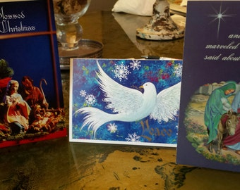 5-different Vintage Christmas Cards come's with original box