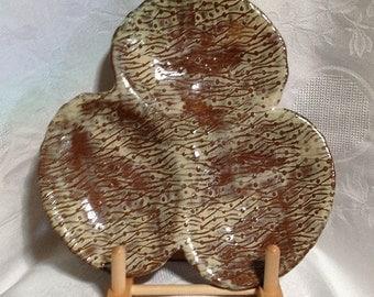 Hors d'oevre textured ceramic glazed platter