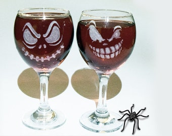 2 Halloween Wine Glasses, Halloween Party Favors, Adult Halloween Party, Scary Wine Glasses, Halloween Decor, Halloween Gift