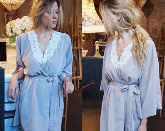 MILLIE - Bridal wedding day getting ready kimono dressing gown - with beautiful guipiere lace trim