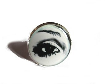 EYE RING - cute ring - eyelashes - makeup - cute ring - silver ring - statement jewelry - gifts for teens