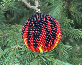 Gift/for/burning men Fire christmas red black ball interesting tree decor on fire winter holiday xmas ball tree spurts of flame bonfire