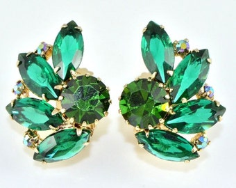 Vintage WEISS Earrings - Green/Teal/AB  WEISS 1950s - Clip On - Vintage Earrings