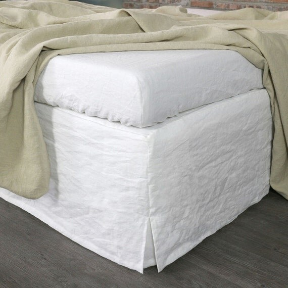 Queen Size Bed Skirts & Dust Ruffles: Tie together your bedroom décor with an Price: $$50 · $$80 · $$ · $+Size: King · Queen · Full · TwinWhat: Sheet Sets · Blankets & Throws · Comforters · Duvet Covers.