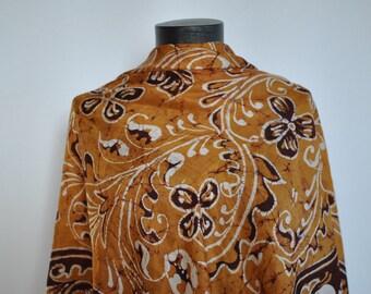 Vintage PRINTED silk scarf....(166)