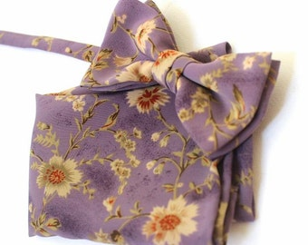 bow tie,mens bow,bow,handkerchief,in lilac, purple with naturalcol.flowers as a set in a cottage style