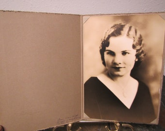 "vintage  BLACK & WHITE PHOTO of a Lady in photographers frame 7 "" by 10 "" White Studios  Portrait*"