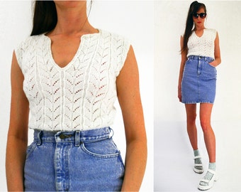 80s white knitted tank vest sleeveless vintage knit top Size small - medium UK 10 - 12