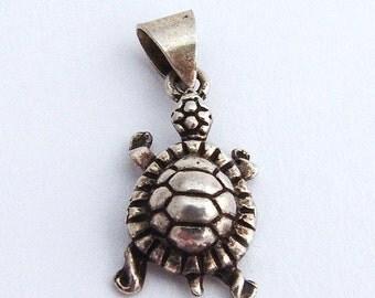 SaLe! sALe! Turtle Pendant Sterling Silver