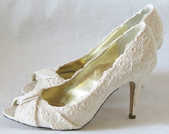 """PARIS Collection - WHITE Vintage French Lace Wedding Heels with Elegant Vintage Look - 3 1/2"""" Heel"""