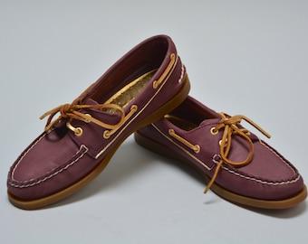 Sperry Topsiders Vintage 90s Nineties Dark Purple and Metallic Gold Leather Deck Shoes Ladies Size 7 1/2 Preppy Shoe Collegiate Campus Chic