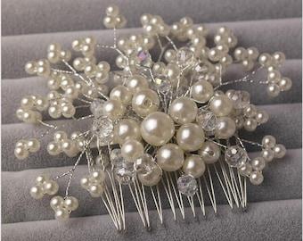 Bridal hair comb, Pearl hair comb, Pearl hair accessory, Wedding headpiece