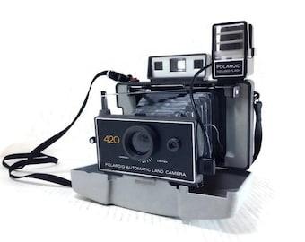 Vintage Polaroid Camera - Polaroid Land Camera Model 420